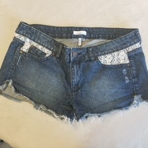 Cutoff jean summer shorts lace size 13 o'Neill